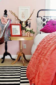 pinkgoldblackroom