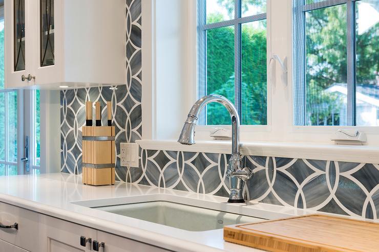 ann-sacks-beau-monde-glass-polly-tile-kitchen-backsplash